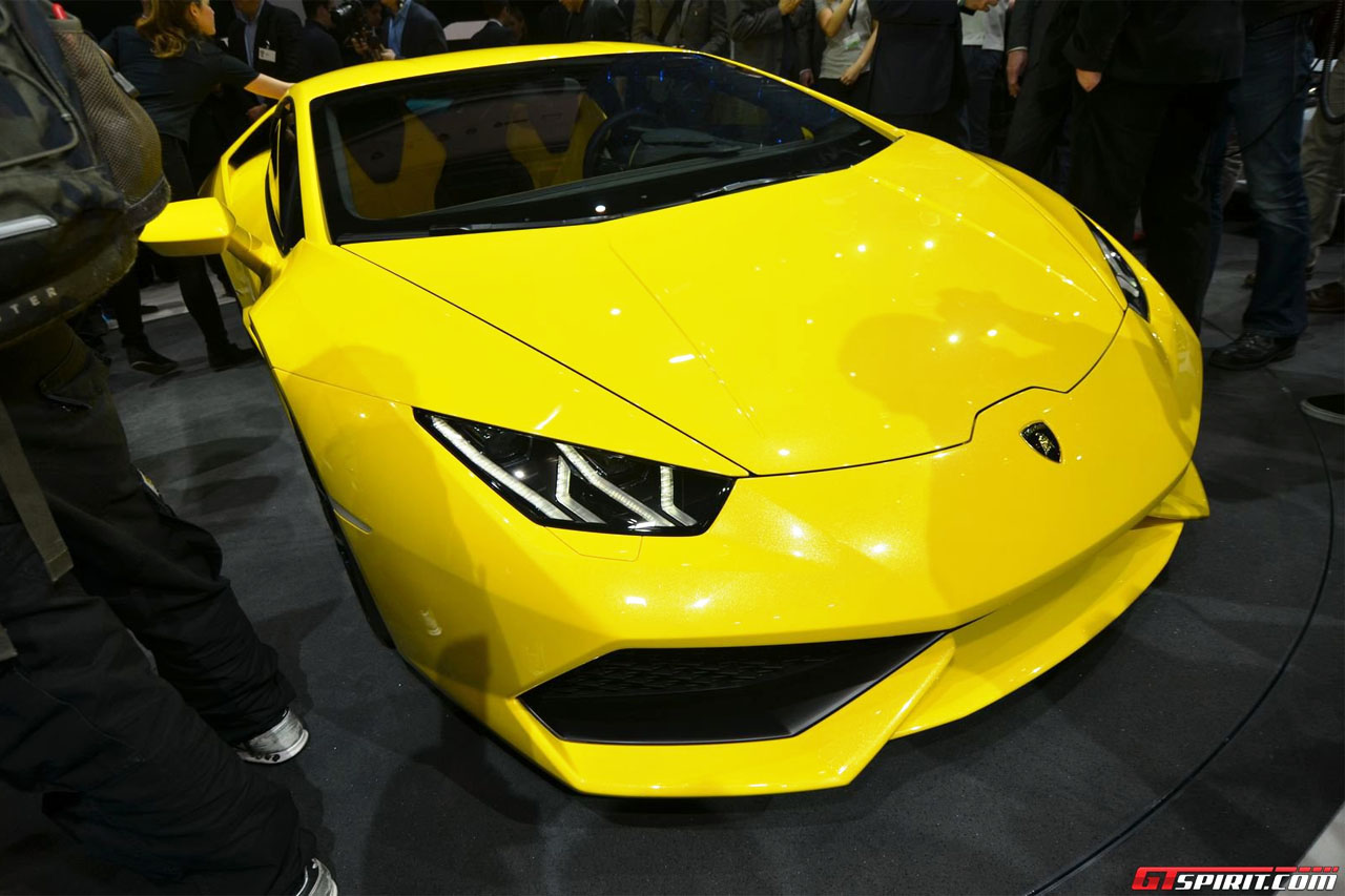 https://www.lambocars.com/wp-content/uploads/2020/12/huracan_at_the_vag_preview_event_1.jpg